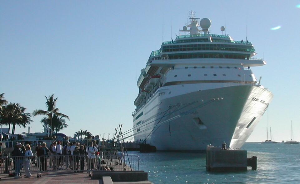 Key Largo Vacations - Cruise ships key west